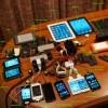 Cool fotka: Obsah batohu spoluzakladatele Apple