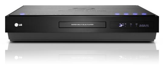 """604d0f9fe """"Vyvinuli jsme přehrávač Super Multi Blue, abychom učinili konec zmatkům  způsobovaným současnou konkurencí mezi disky Blu-ray a HD DVD."""