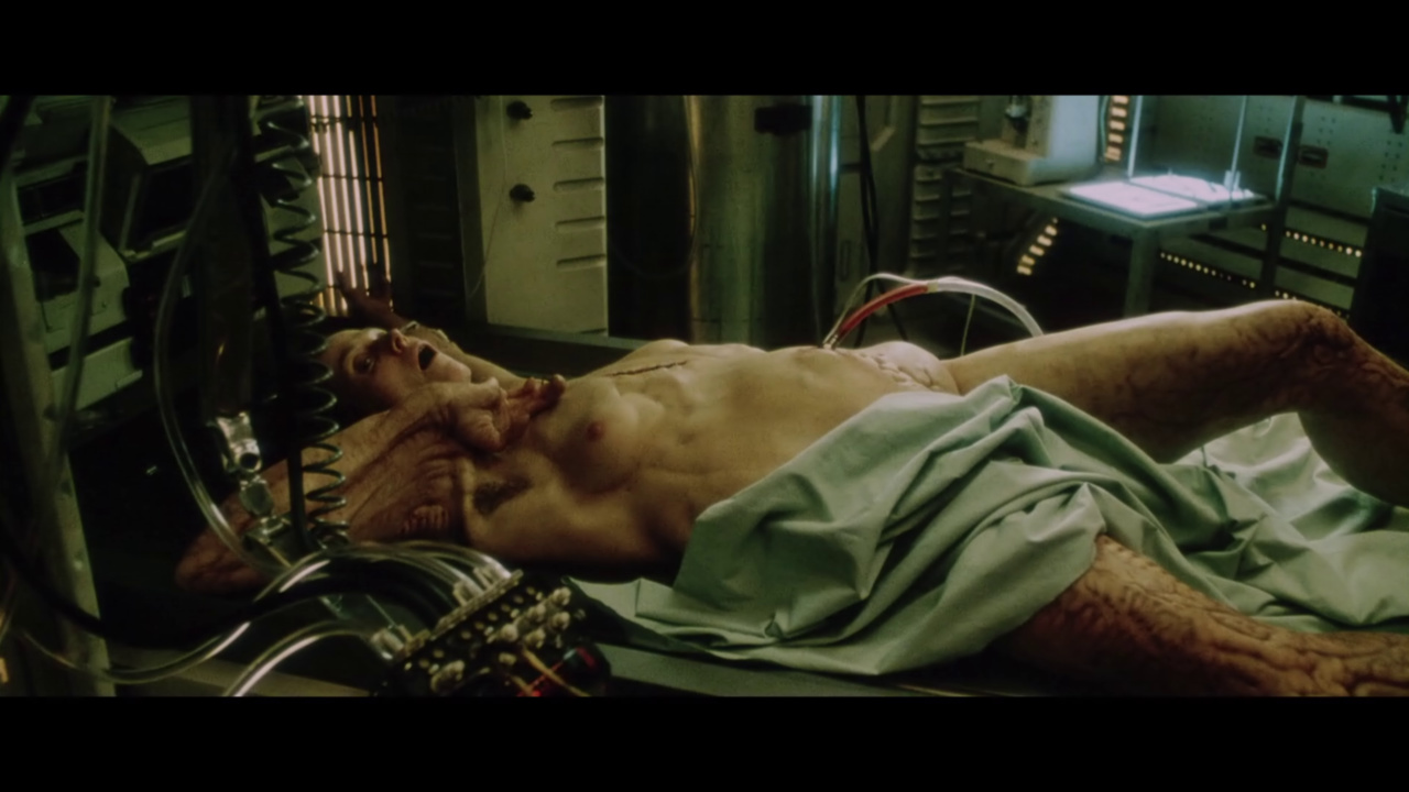 http://hdmag.cz/files/shots/alien-resurrection/524.jpg