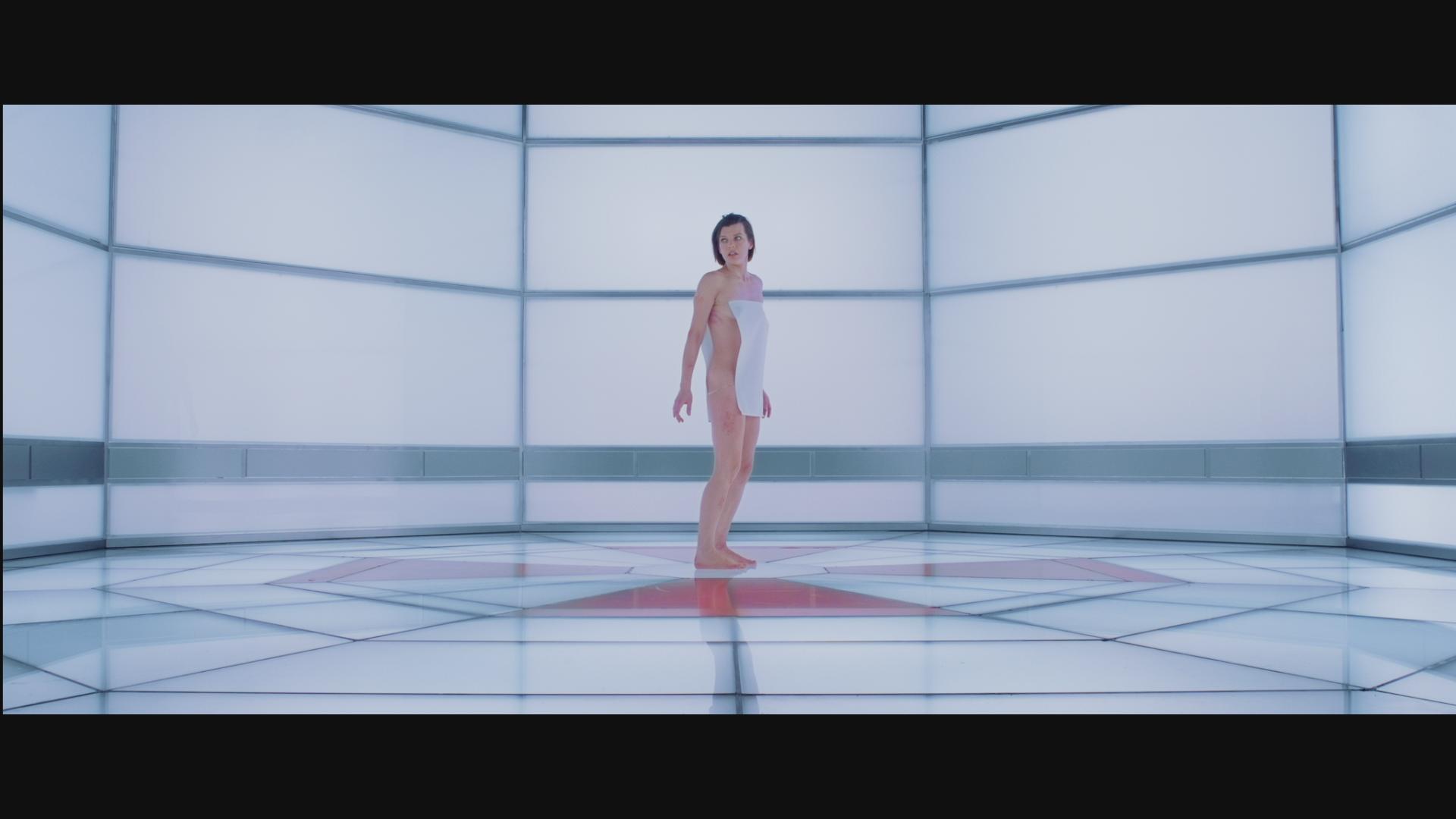 Resident evil: retribution naked sex pic
