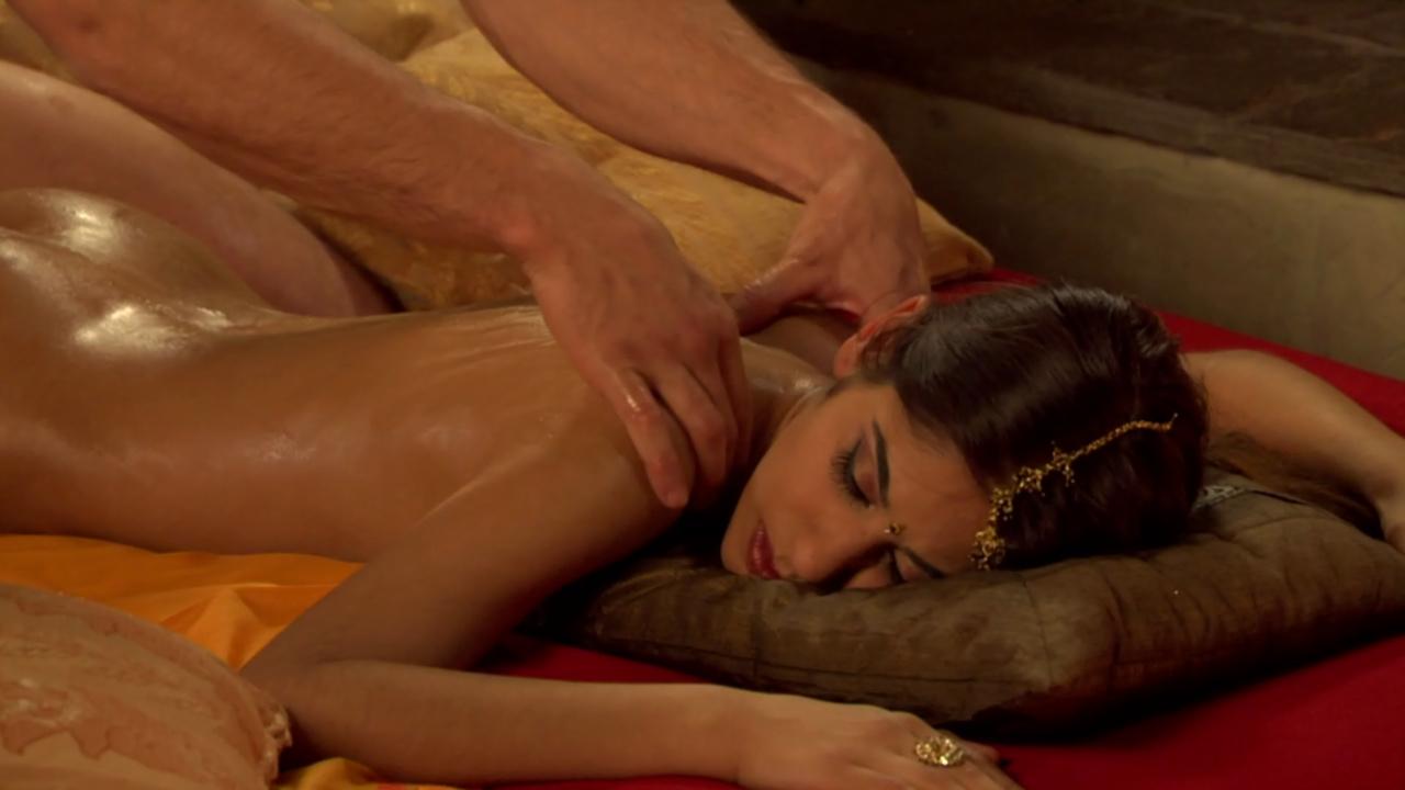 smotret-eroticheskiy-massazh-muzhchine