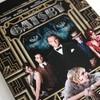 První pohled: Pompézní Velký Gatsby v laciném futurepaku