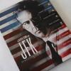 První pohled: Stylový debosovaný steelbook JFK Olivera Stonea