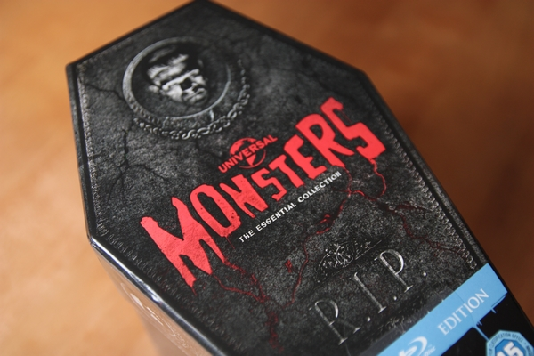 Universal Classic Monsters Collection (rakev)